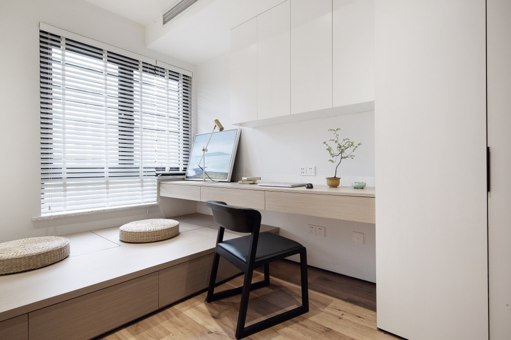 台式简约风,色调特别温暖柔和,空间也显得舒适温馨有格调