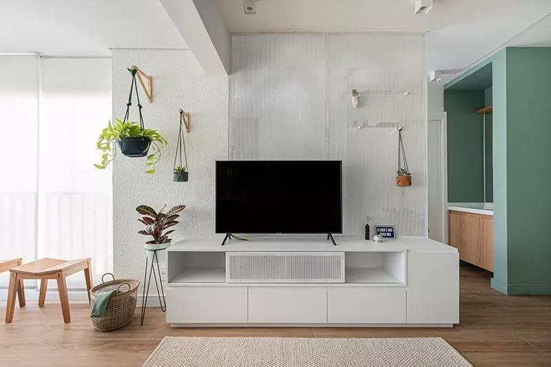 38㎡小公寓,薄荷绿+木质材料,一个人住简直太棒!