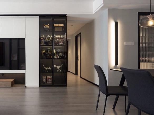 简约风,黑白基调、融入温暖的木色,打造一个即冷静又有点温度的居室环境。