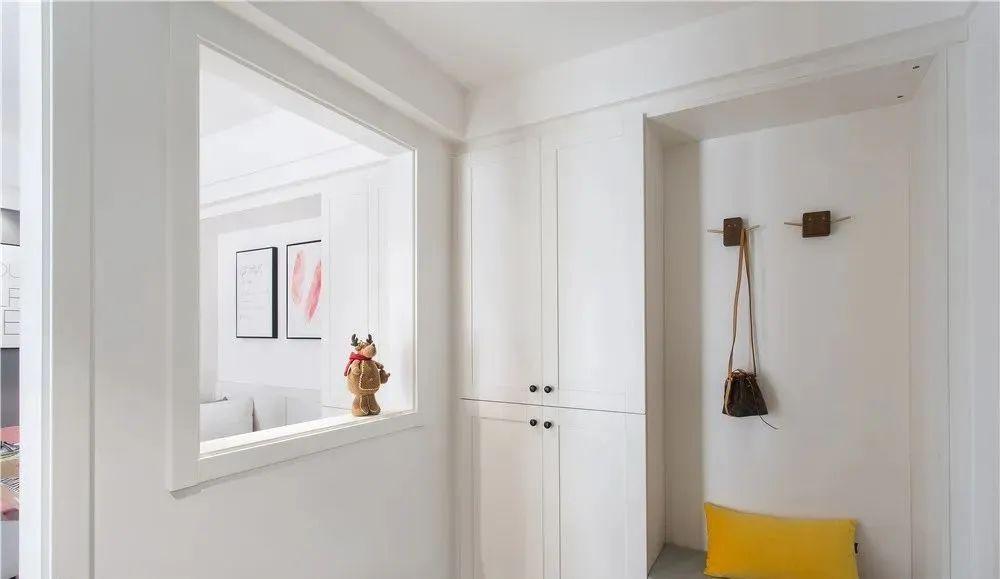 家里这样开个窗洞,没想到好处这么多,美观还实用!