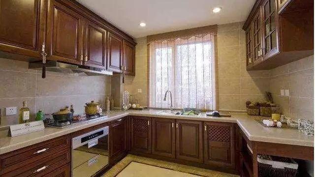 厨房瓷砖装修的几大注意事项 万万别错过