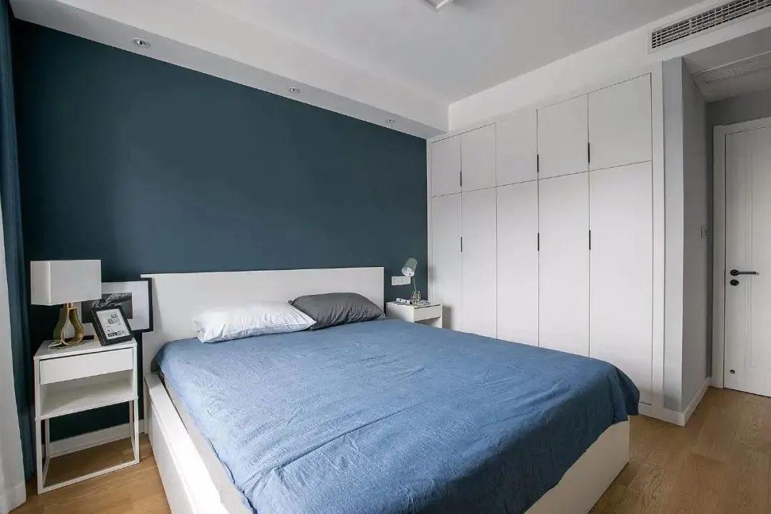 衣柜位置选对了,不仅节省空间,还能提升卧室颜值~