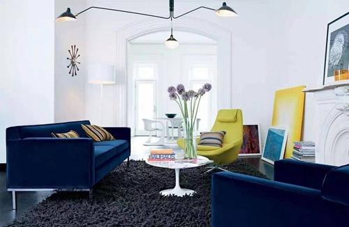 客厅大白墙太普通?如何装饰好看?请看过来!