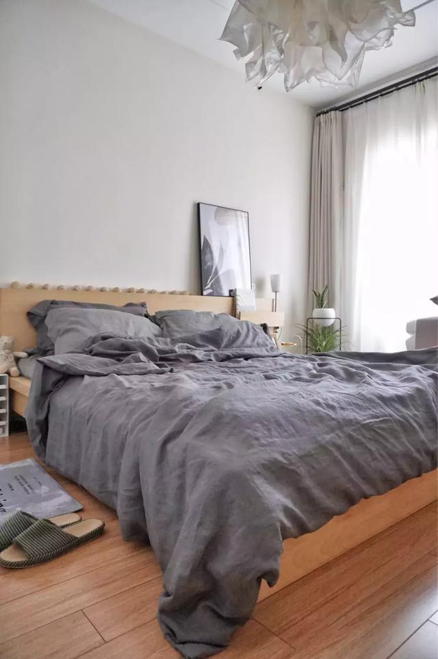 小户型卧室铺什么颜色地板?