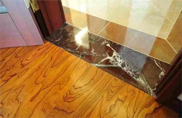 卫生间不要装门槛石了,现在都这样做,既美观又防水!
