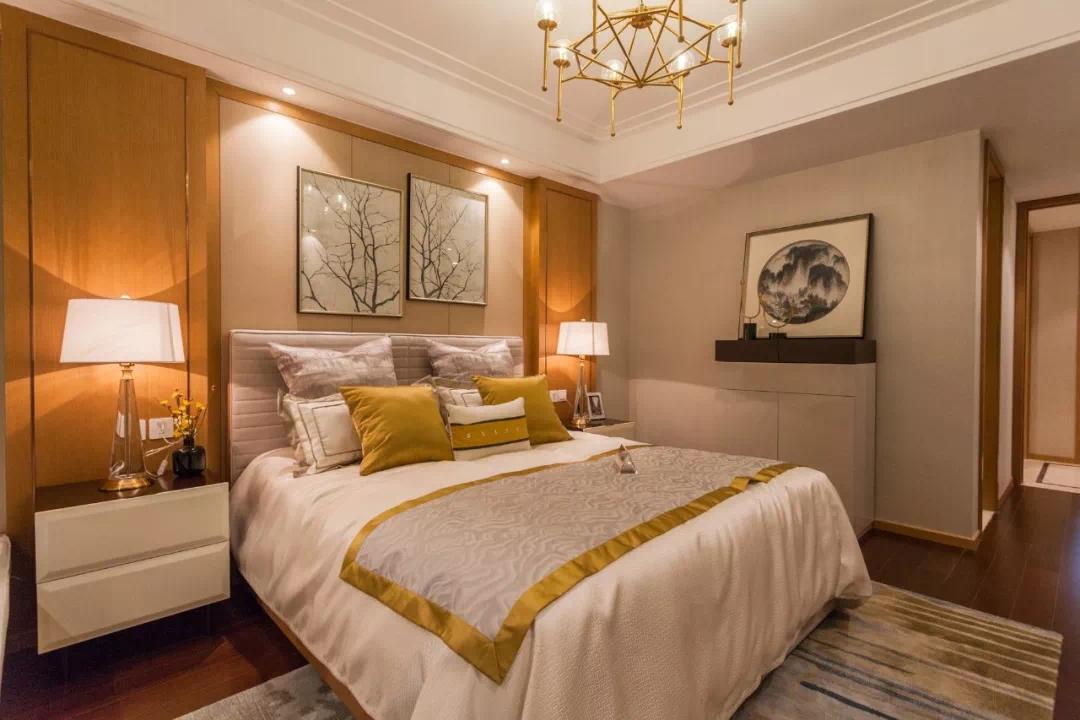 卧室灯如何选择才能营造出温馨的效果
