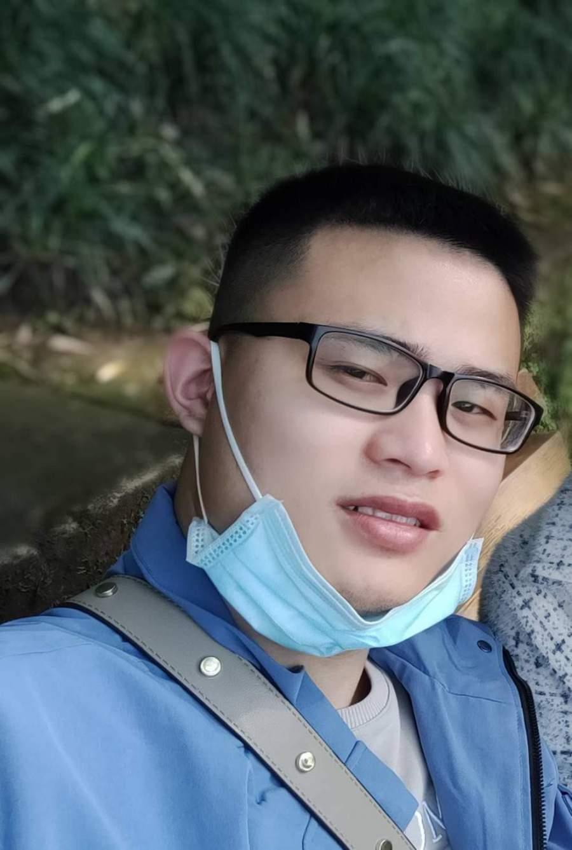 重庆装修设计师杨俊鑫