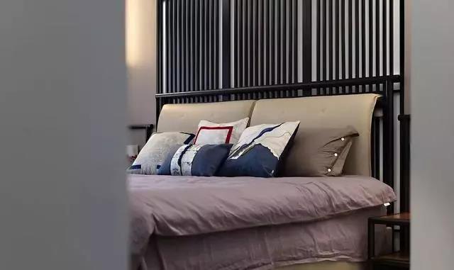 家装时墙纸铺贴要注意哪些问题