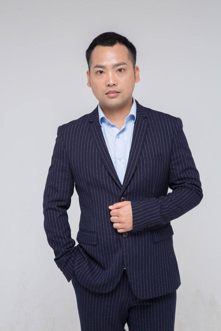 達州裝修設計師胡小勇