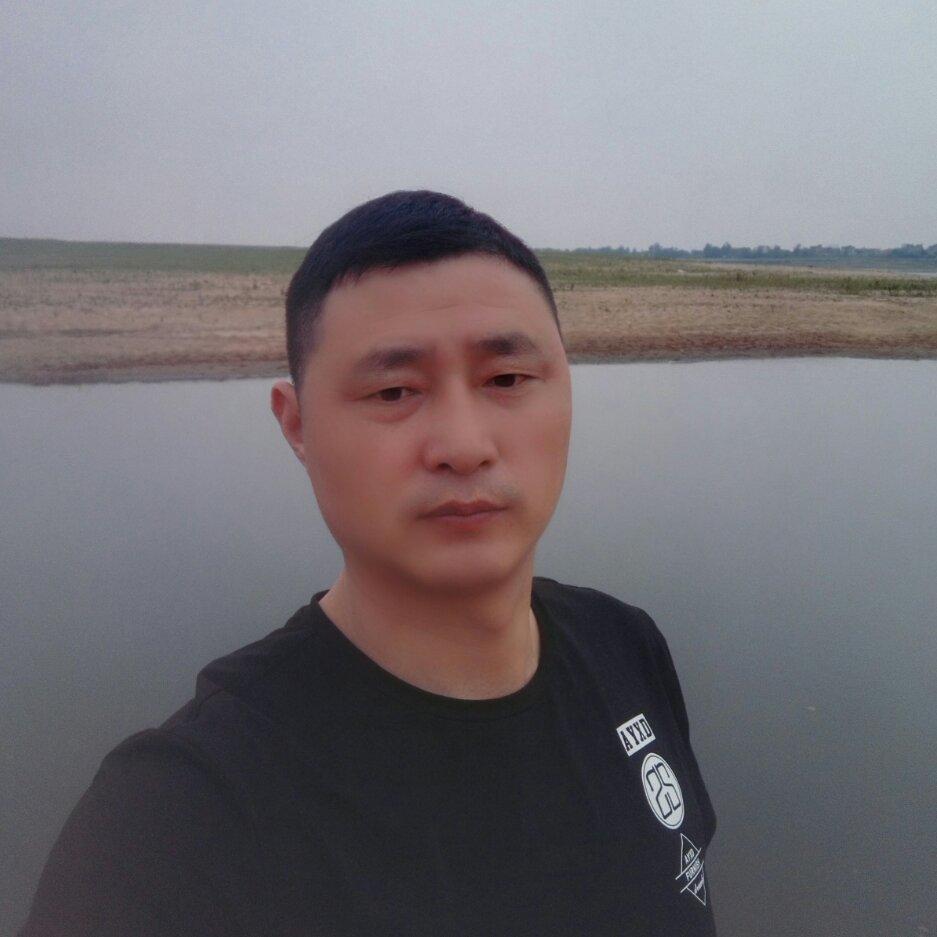 12博体育平台12博官方网站工长卢兴云