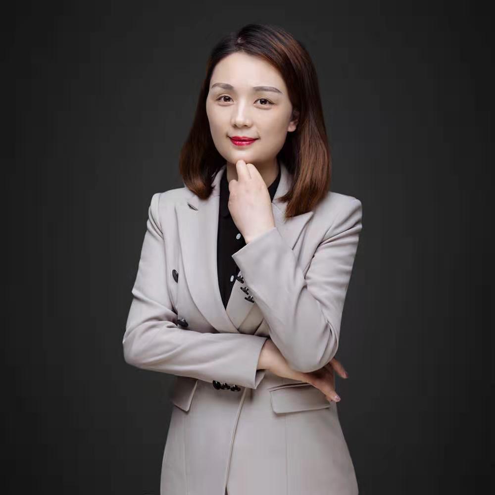 12博体育平台12博官方网站设计师陈炎娣