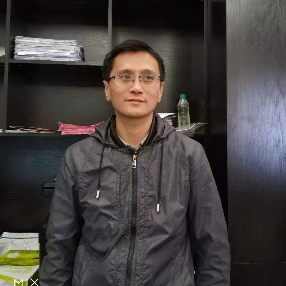 12博体育平台12博官方网站工长邓志刚