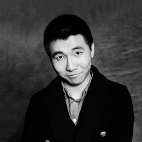 万博app客户端新万博注册网址设计师任浩