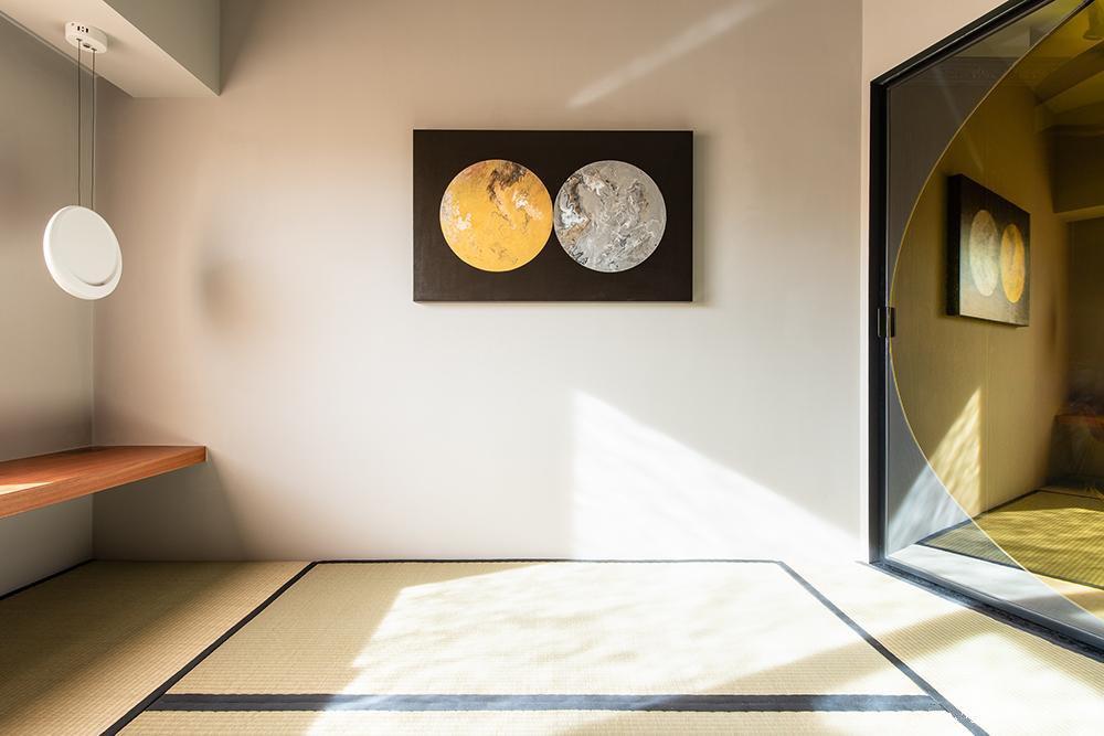 180㎡现代风格装修,用黑色晕染出金色质感的艺术宅