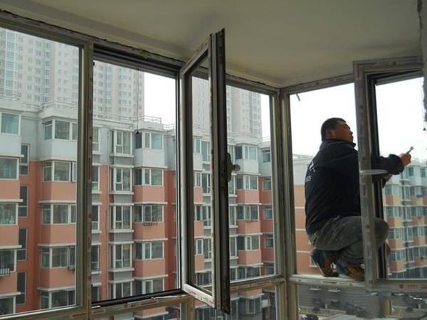 铝窗漏风可以怎么解决呢?