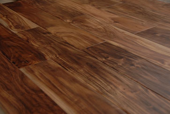 实木地板好坏应该怎么分辨?