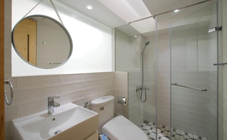 小型浴室设计,小而精巧的沐浴空间