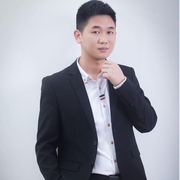 福州装修设计师吴汉清