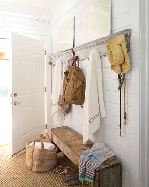 玄关柜的设计讲究 这样做尺寸小了一半收纳却增倍