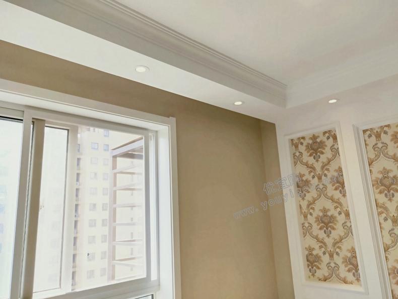 石膏板直线造型窗帘盒