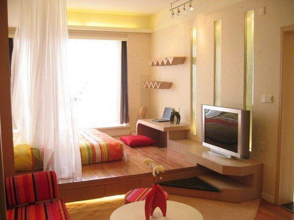 卧室现在流行这种设计 不仅能当床用还能收纳