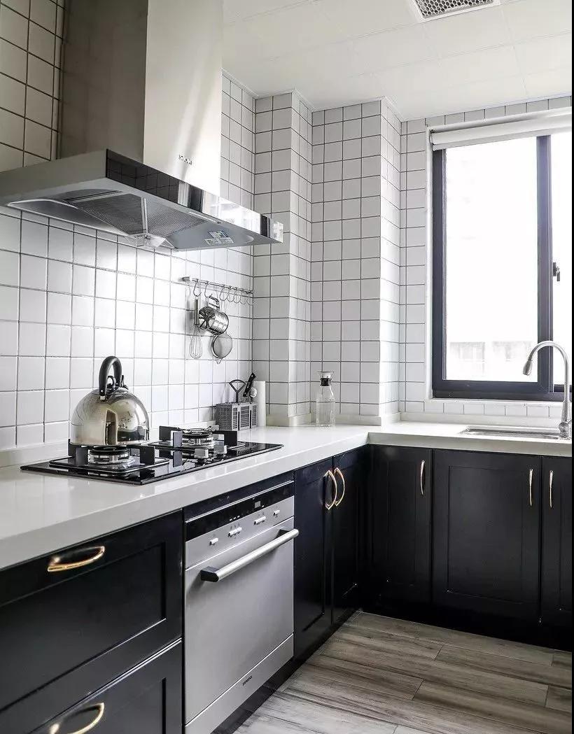 简单实用的厨房设计案例