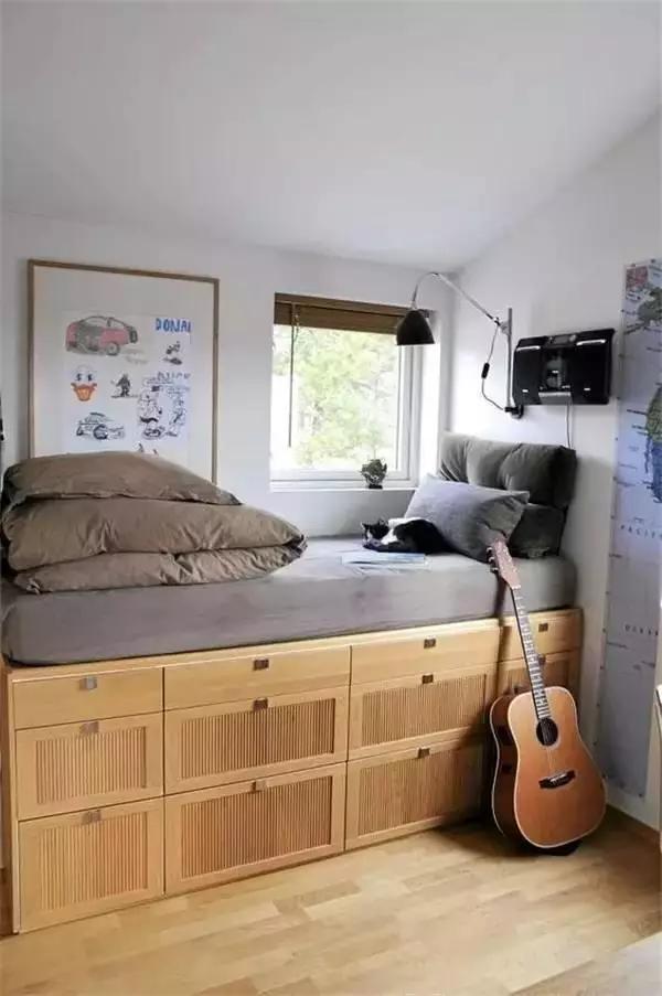 邻家告诉你床的收纳方法
