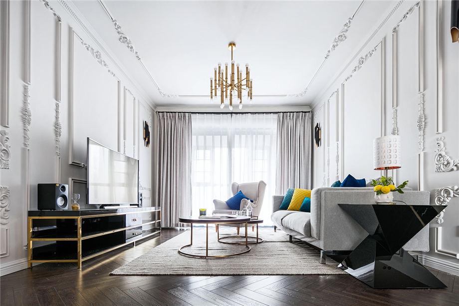 安静、内敛、轻盈的设计之家