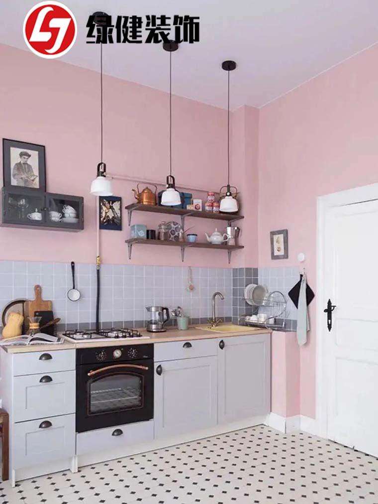 【六安绿健装饰】——小户型厨房不想装吊柜,试试隔板设计,好看又实用