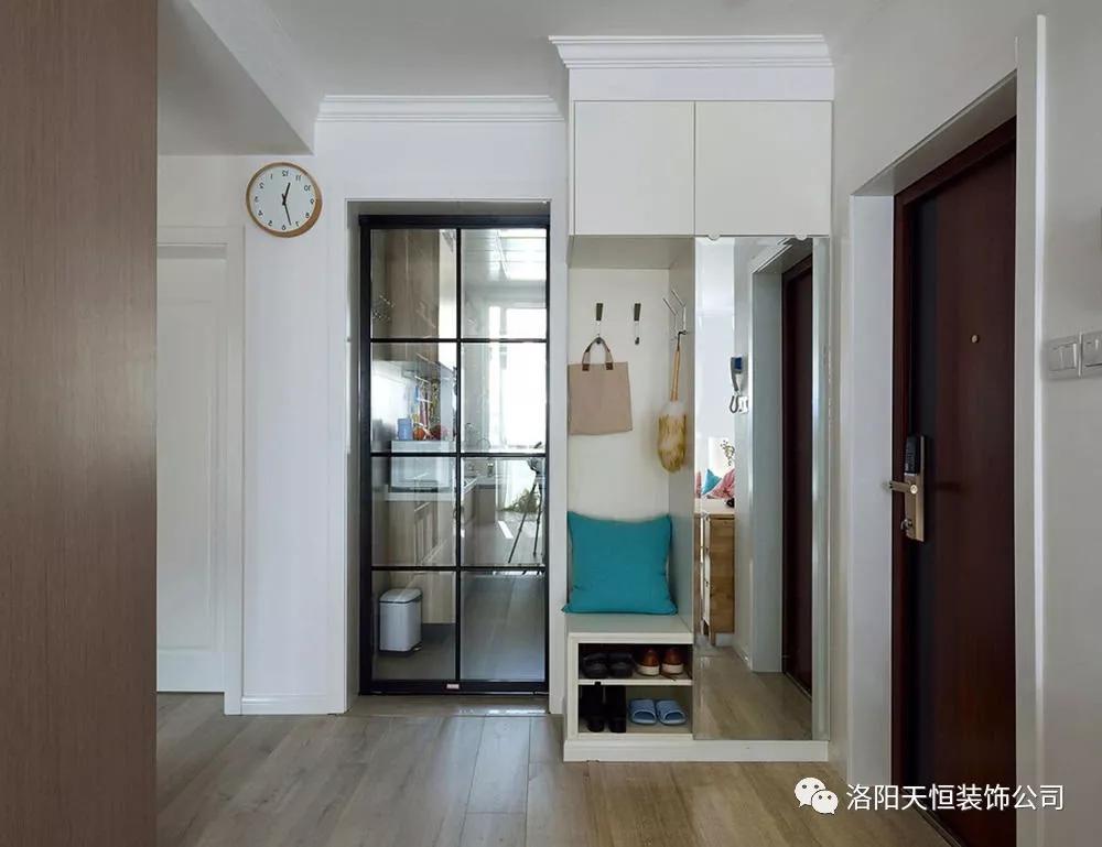 洛阳95平方新房实景,推拉门的电视墙很巧妙!