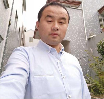 象山装修工长吴荣丰