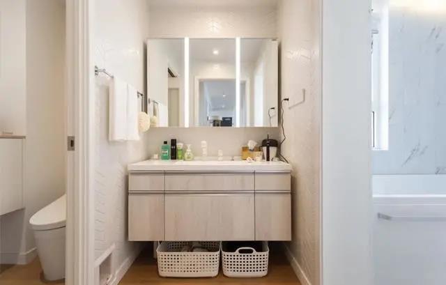 """卫生间装修的16个""""神细节"""",做对了,能让家务省一半"""