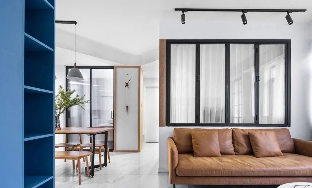 99㎡现代简约风3室2厅,实力演绎都市精英偏爱的时尚风