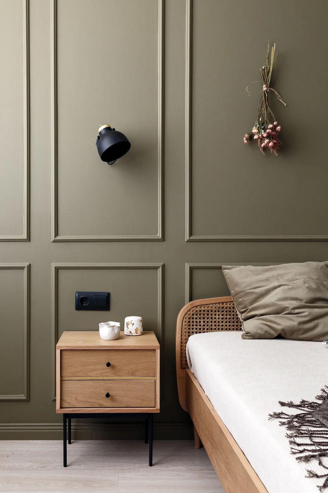 9种使小卧室在视觉上更大的实用技巧