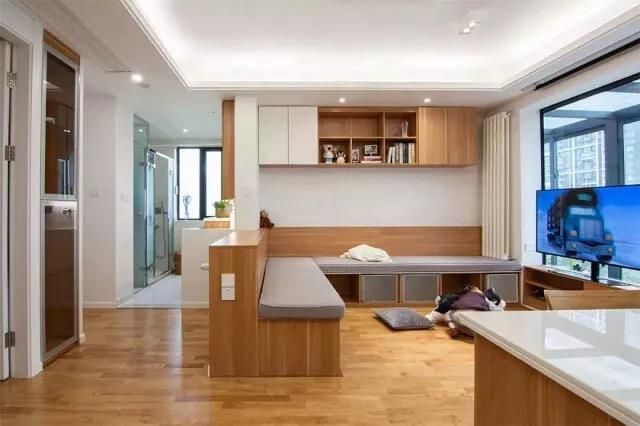 你家客厅还是沙发+茶几?现在流行这样装!