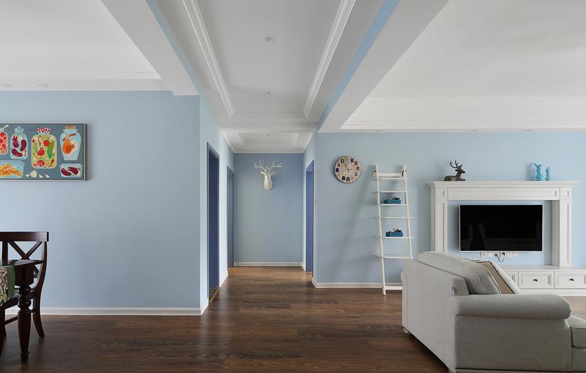 現代簡約藍色清爽樣板間實景