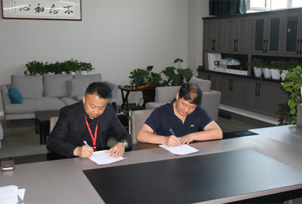隆重庆祝www.4166.com与中国百丽橱柜达成全屋定制战略合作伙伴