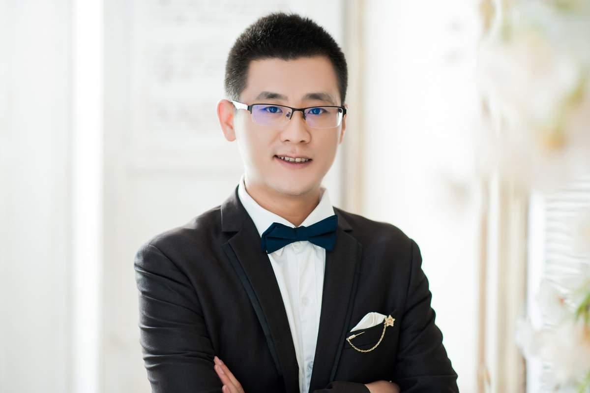 亚博体育88app官网亚博体育app苹果版设计师黄鹏飞