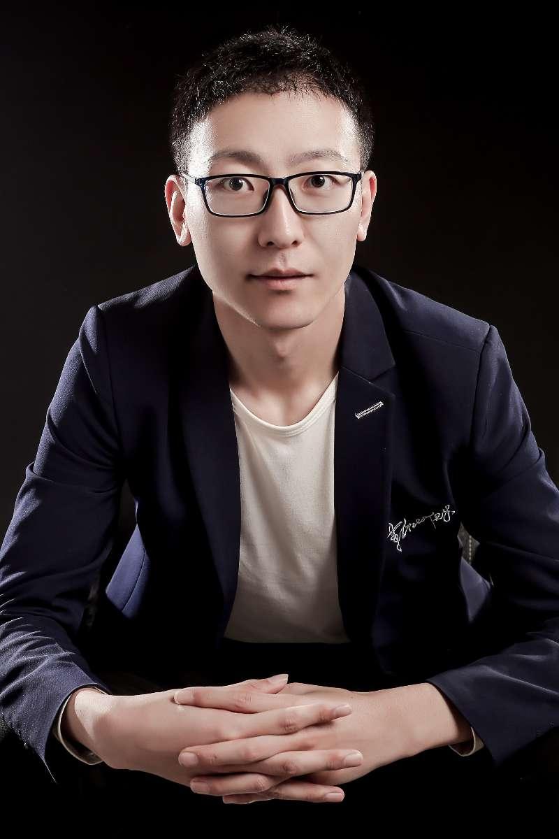 新疆亚博体育app苹果版设计师刘志超