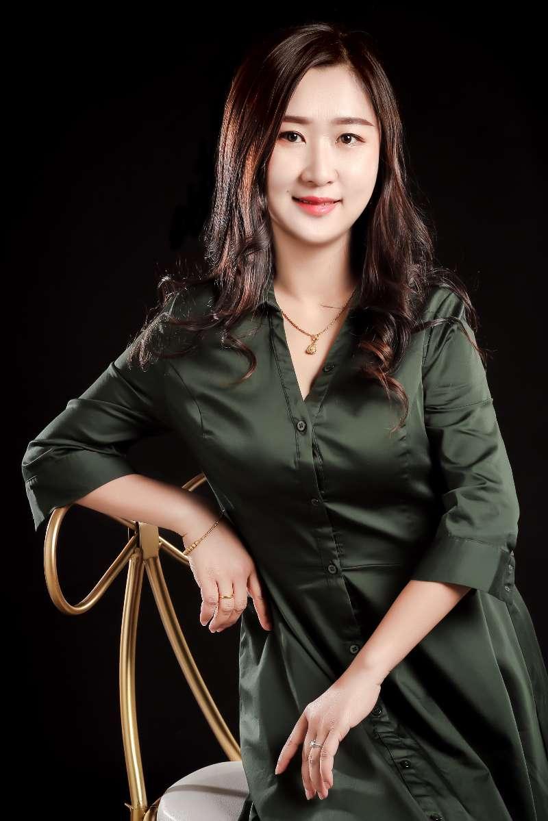 亚博体育88app官网亚博体育app苹果版设计师郑迦元