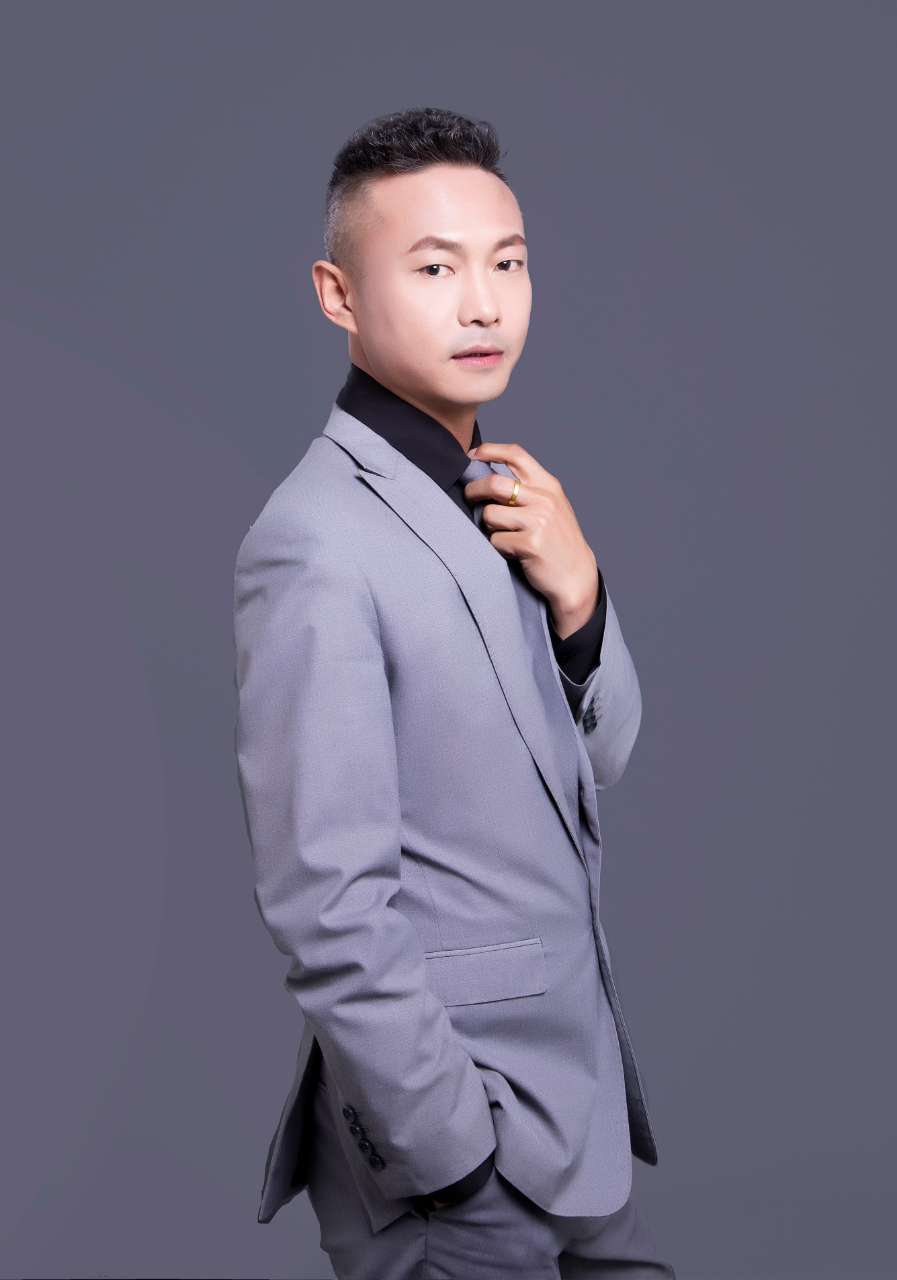 尚層空間 主案設計師 劉軍山