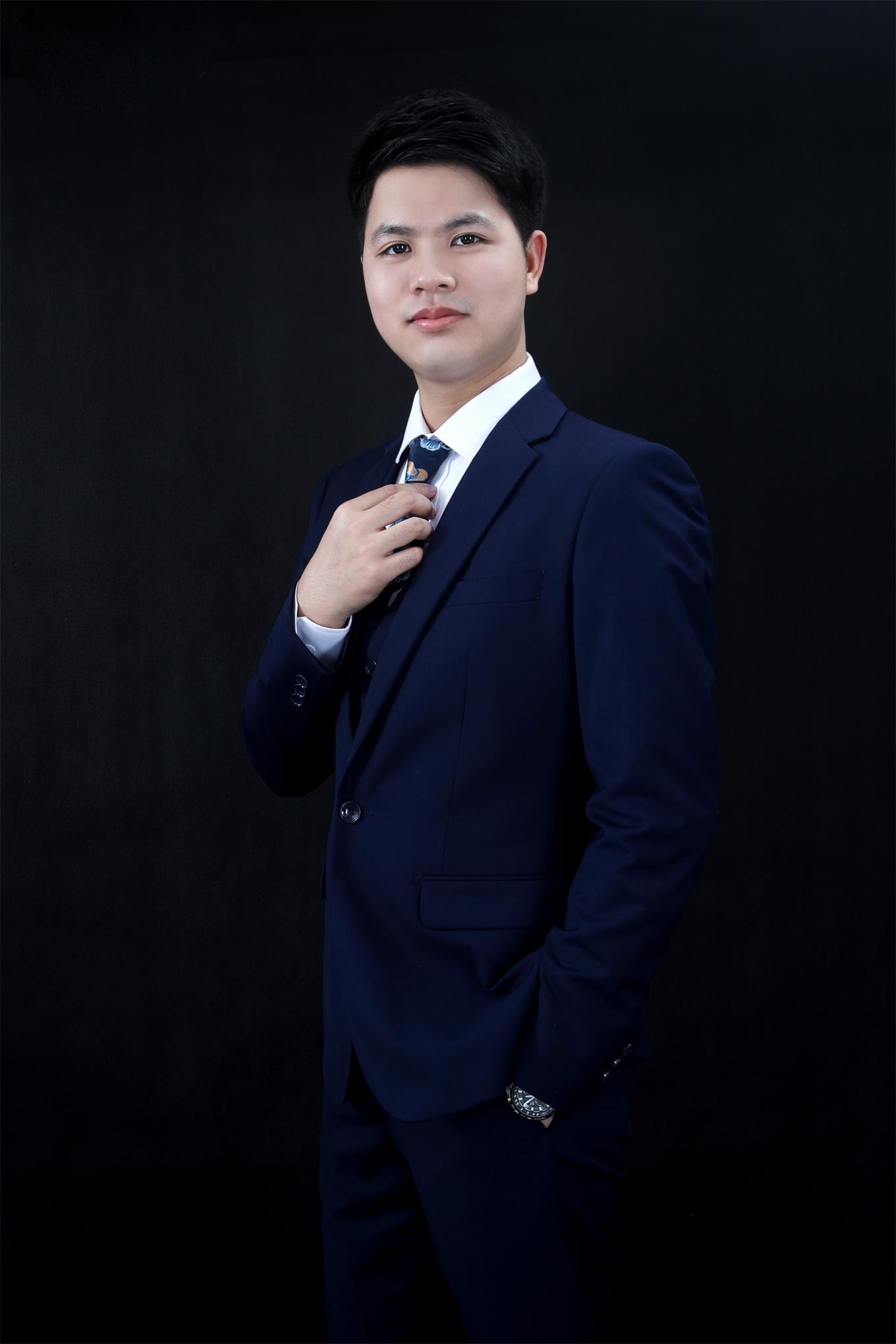 珠海裝修設計師黃誠森