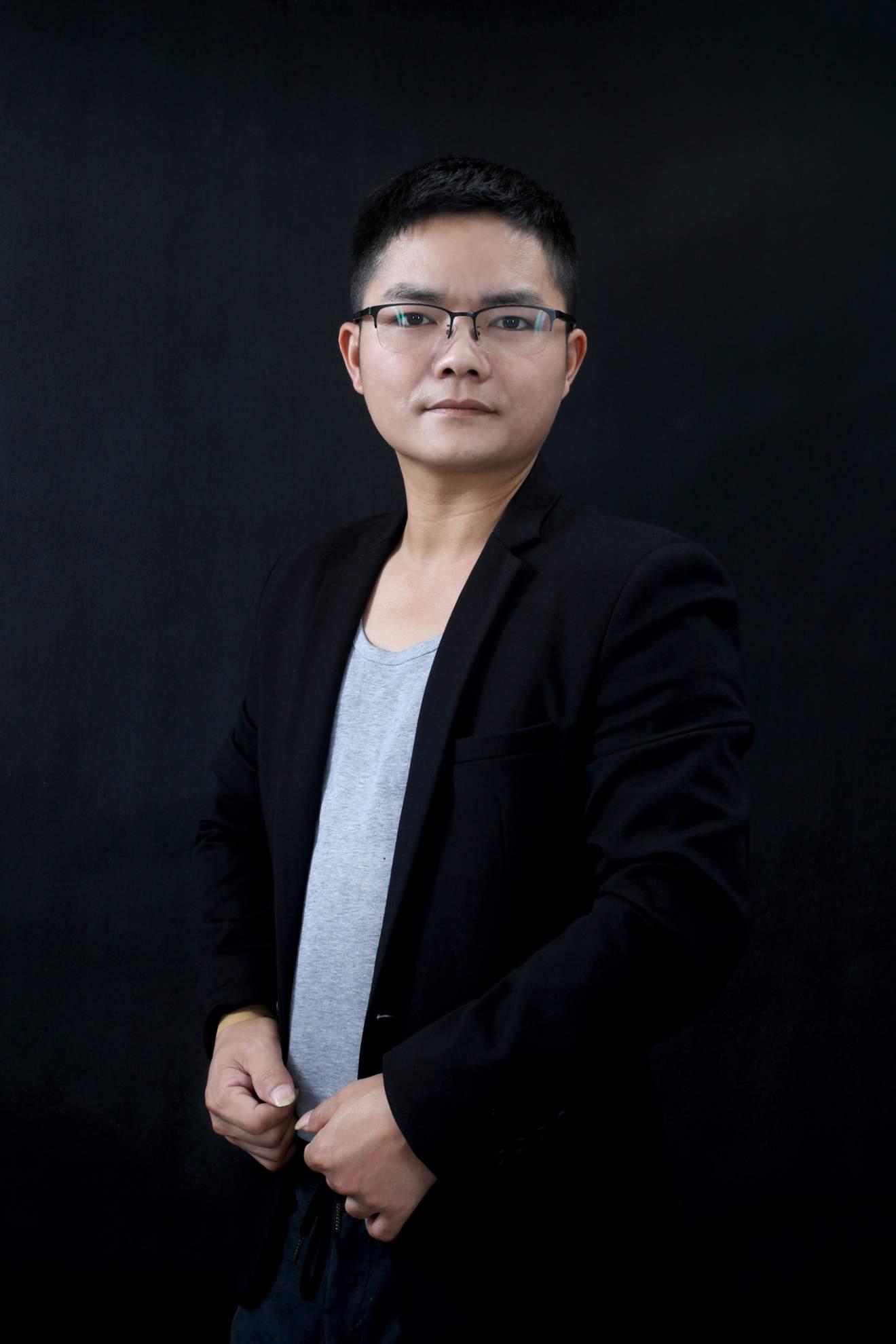 珠海裝修設計師游國慶