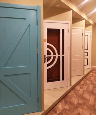西安装修材料门1