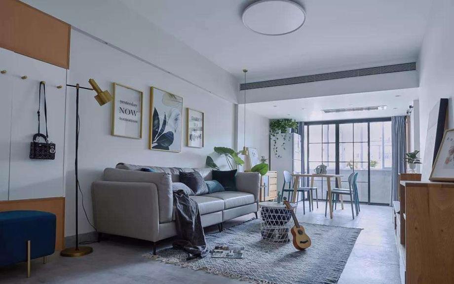 怎么装修让小空间客厅显得更宽敞?