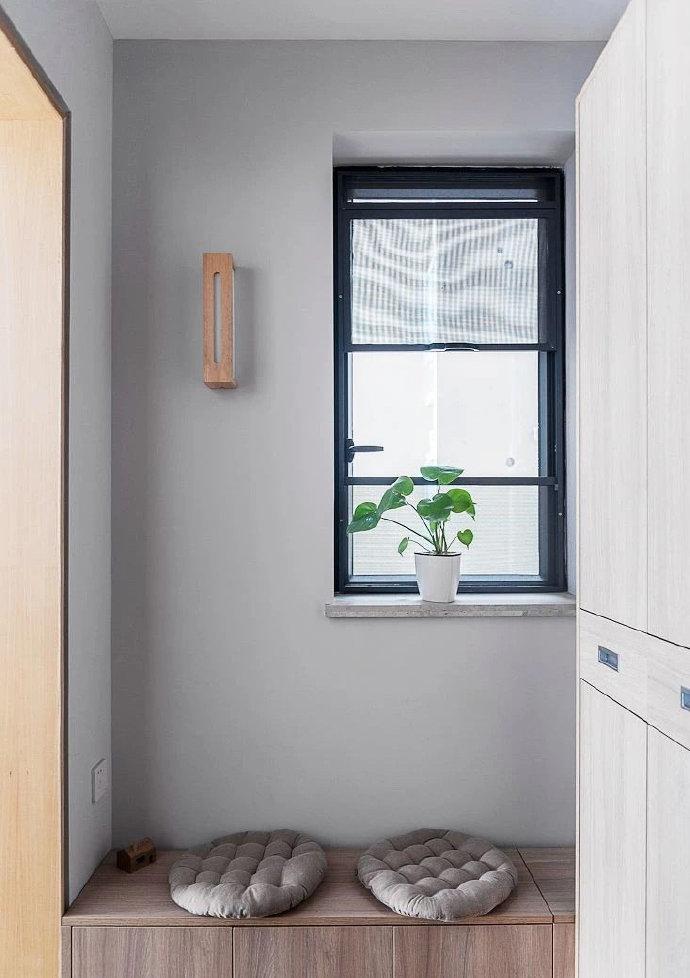 灰色搭配原木色日式简约风格装修效果图 