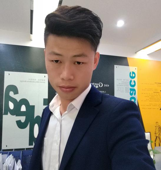 深圳裝修設計師彭劍華