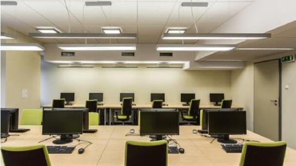 龍華辦公室裝修的裝修設計精華