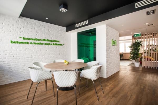 現代深圳寫字樓裝修的技術含量已經是越來越高!