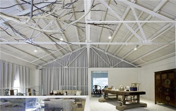 設計師進行深圳辦公室裝修時會充分利用自然光照